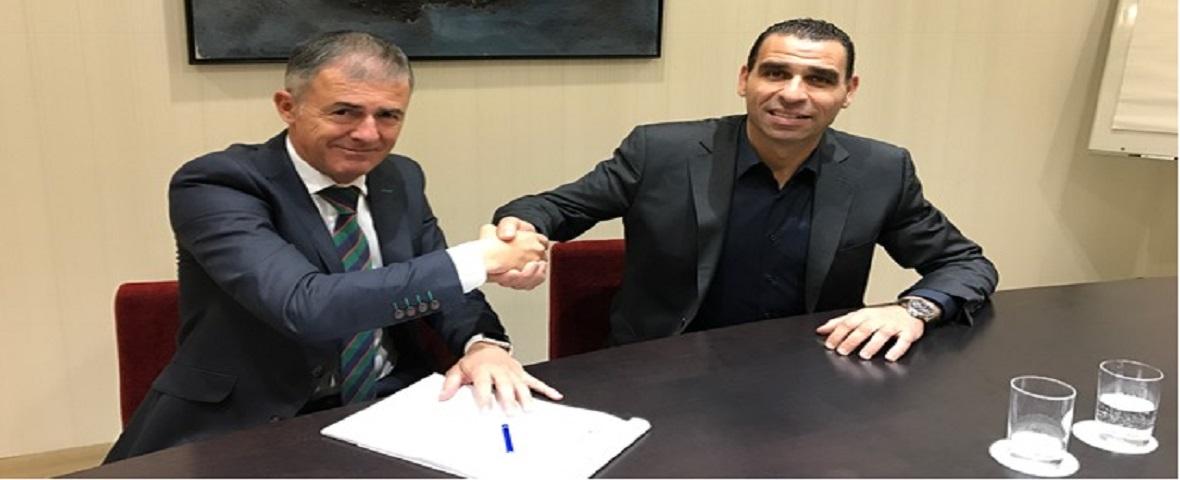 أول ندوة صحفية لمدرب الخضر لوكاس ألكاراز