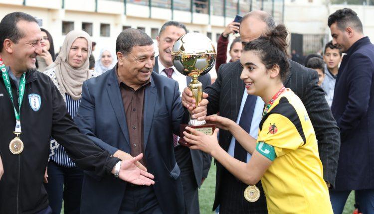 كأس الجزائر للإناث  : ن. أقبو  ( د17 سنة ) و ج, الجزائر الوسطى (د20 ) يفوزان باللقب