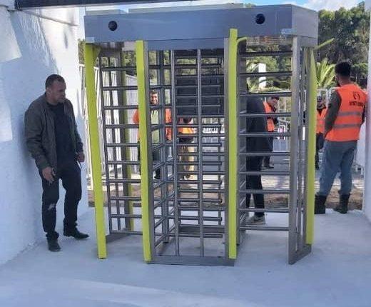 STADE DU 5 JUILLET : INSTALLATION DE PORTIQUES ELECTRONIQUES
